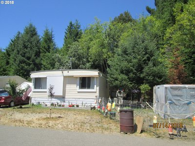 Coos Bay Single Family Home For Sale: 93629 Lost Ln