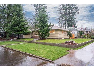 Portland Single Family Home For Sale: 7712 NE Mason St