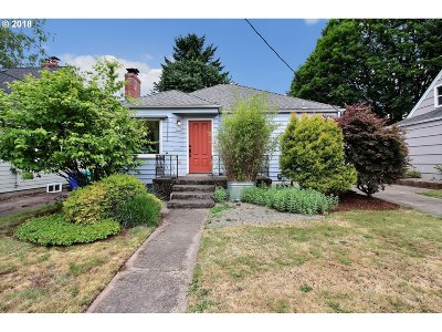 Portland Single Family Home For Sale: 4404 NE 40th Ave