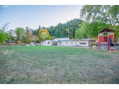 Roseburg OR Single Family Home For Sale: $348,500