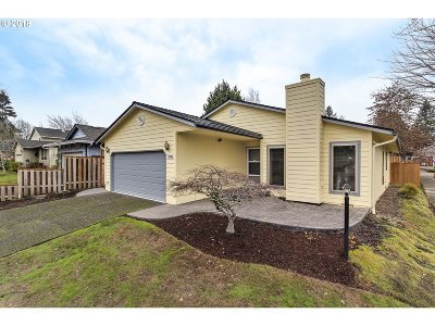 Beaverton Single Family Home For Sale: 11735 SW Butte Ln
