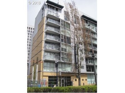 Condo/Townhouse For Sale: 533 NE Holladay St #301