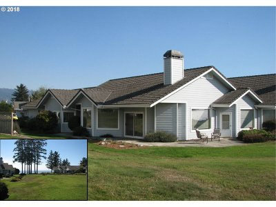 Brookings Single Family Home For Sale: 218 Schooner Bay Dr