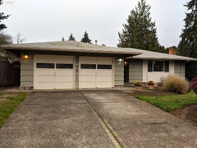 Beaverton Single Family Home For Sale: 14425 SW Bonnie Brae St