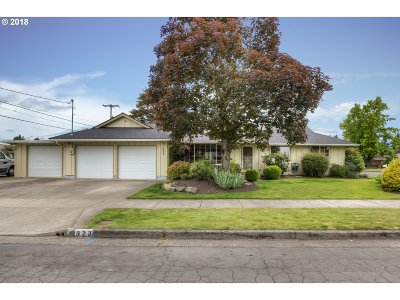 Albany Single Family Home For Sale: 923 31st Ave