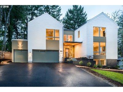 Washington County, Clackamas County, Multnomah County, Columbia County Single Family Home For Sale: 2912 Wembley Park Rd