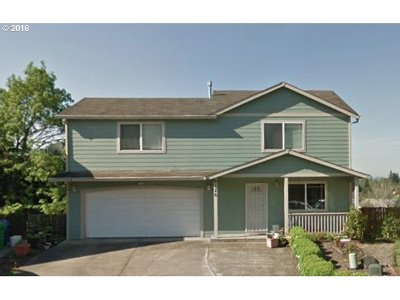 Multnomah County Single Family Home For Sale: 9126 SE Taggart St