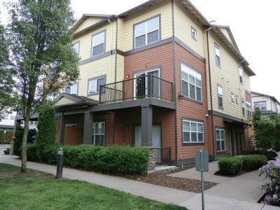 Happy Valley Condo/Townhouse For Sale: 11170 SE Causey Cir