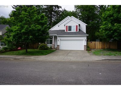 St. Helens Single Family Home For Sale: 58753 Parkwood Dr