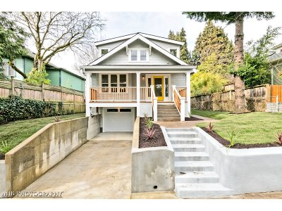 Portland Single Family Home For Sale: 4323 NE 14th Ave