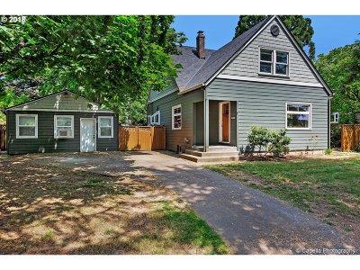 Single Family Home For Sale: 6843 NE Stanton St