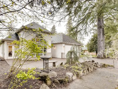 Portland Single Family Home For Sale: 7107 SW 78th Ave