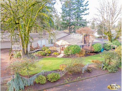 Vancouver Single Family Home For Sale: 9811 St Helens Ave