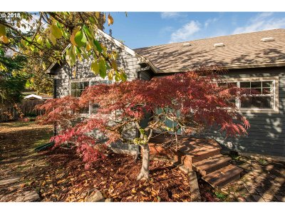 McMinnville Single Family Home For Sale: 545 NE 17th St