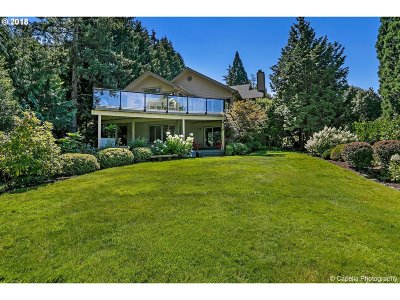 West Linn Single Family Home For Sale: 4220 Calaroga Ct