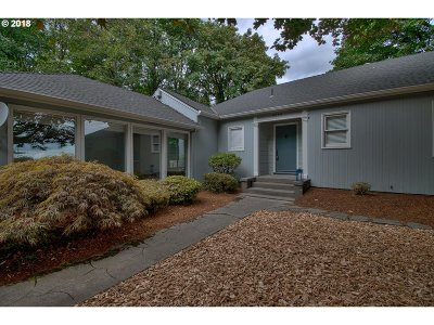 Portland Single Family Home For Sale: 5095 SW Barnes Rd