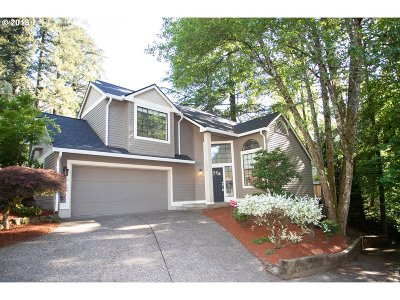 Lake Oswego Single Family Home For Sale: 14332 Sherbrook Pl
