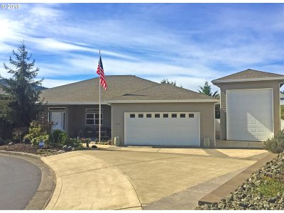 Sutherlin Single Family Home For Sale: 713 Sandpiper Ct