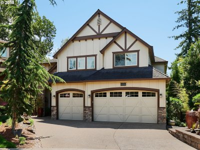 Happy Valley, Clackamas Single Family Home For Sale: 11774 SE Aerie Crescent Rd