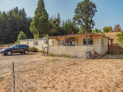 Sweet Home Single Family Home For Sale: 28200 Santiam Hwy