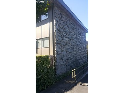 Eugene Condo/Townhouse For Sale: 4047 Donald St #H