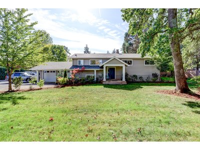 Hillsboro Single Family Home For Sale: 776 NE Evergreen Rd