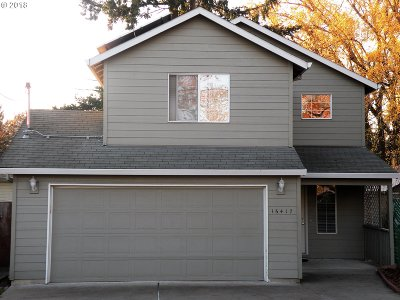 Oregon City Single Family Home For Sale: 16417 Hiram Ave