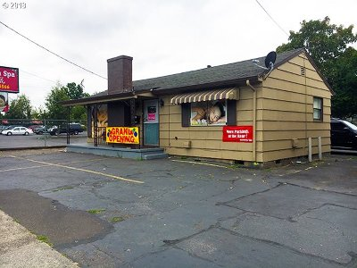 Portland Commercial For Sale: 315 SE 102nd Ave