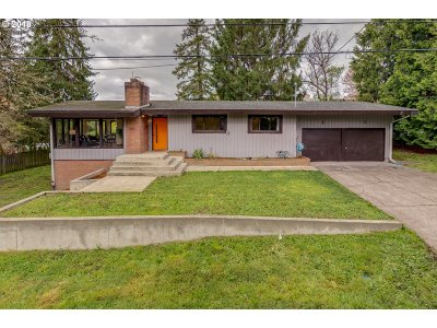 Beaverton Single Family Home For Sale: 3755 SW 144th Ave