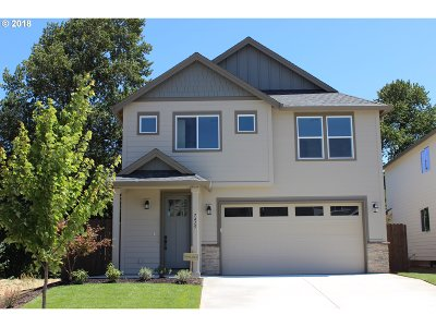 Ridgefield Single Family Home For Sale: 7415 S 13th St