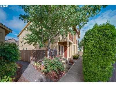 Hillsboro, Beaverton, Tigard Single Family Home For Sale: 325 NW Adams Ave