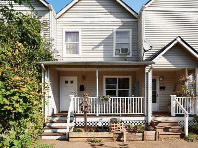 Portland Single Family Home For Sale: 1131 NE Emerson St