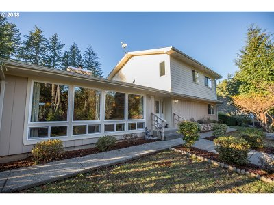Coos Bay Single Family Home For Sale: 95037 Timber Park Ln