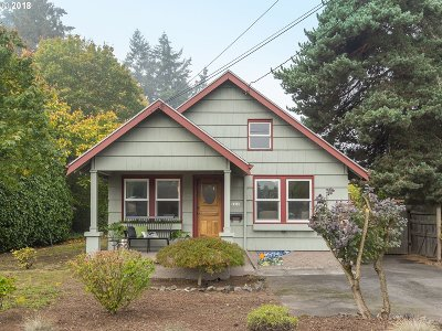 Multnomah County Single Family Home For Sale: 6909 SE 50th Ave
