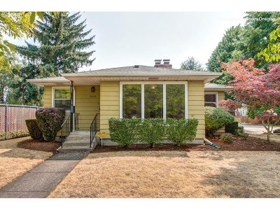 Single Family Home For Sale: 6032 SE 47th Ave