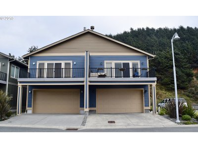 Gold Beach OR Single Family Home For Sale: $349,900