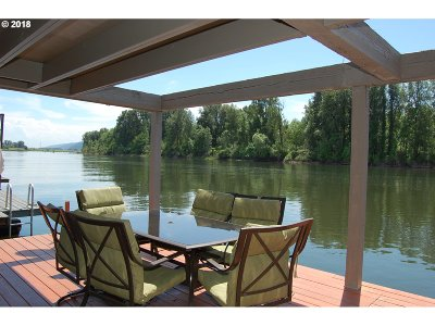 Portland Single Family Home For Sale: 17797 NW Sauvie Island Rd #21