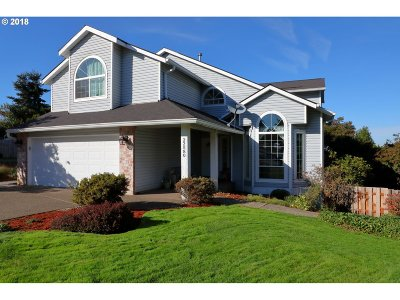Tualatin Single Family Home For Sale: 22580 SW Vermillion Dr