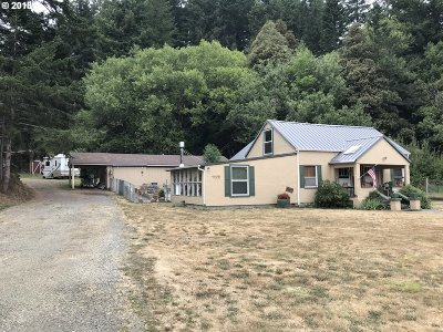 Gold Beach OR Single Family Home For Sale: $348,500