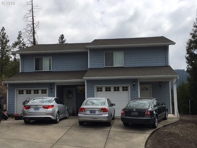 Canyonville Multi Family Home For Sale: 345 Maylea Pl