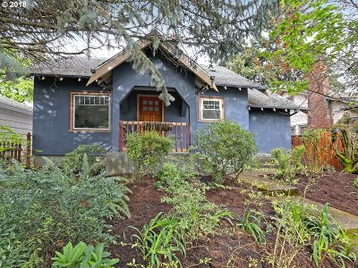 Portland Single Family Home For Sale: 5609 NE 33rd Ave
