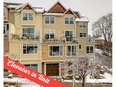 Portland Single Family Home For Sale: 6904 N Charleston Ave