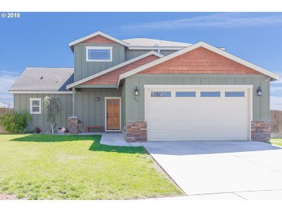 Hermiston Single Family Home For Sale: 382 NW Crestview Ct