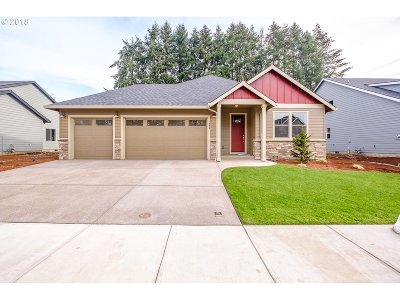 Stayton Single Family Home For Sale: 2082 Deer Ave
