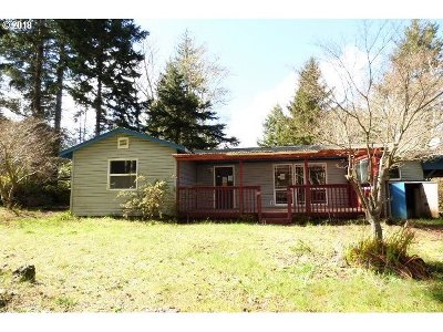 North Bend Single Family Home For Sale: 71596 Laskey Rd
