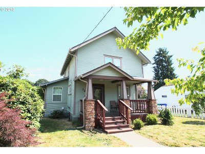 Portland Single Family Home For Sale: 7207 N Syracuse St