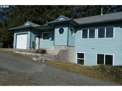 Port Orford OR Single Family Home For Sale: $460,000