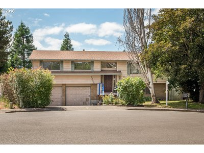 Beaverton Single Family Home For Sale: 5865 SW 165th Ct