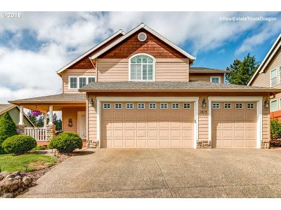 Newberg Single Family Home For Sale: 1015 Madison Dr