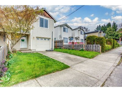 Portland Single Family Home For Sale: 2753 SE 85th Ave
